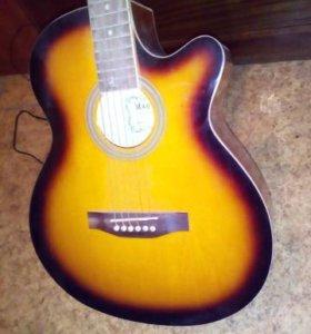 Акустическая гитара Martinez