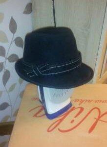Шляпа фетровая новая (чёрная)