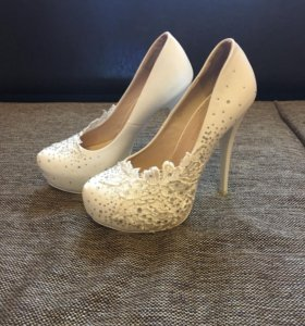Свадебные или просто красивые туфельки