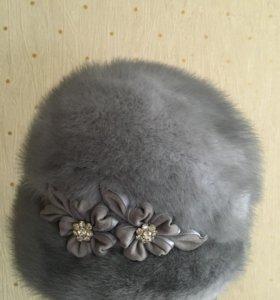 Красивая зимняя шляпка из голубой норки
