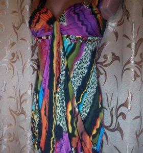 Сарафан с цветочным и леопардовым принтом.