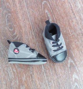 2 пары ботинок GJ