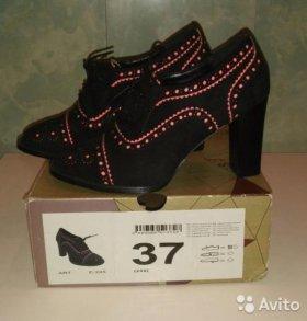 Ботинки 37.