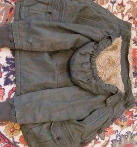детская куртка на 5 .6 лет