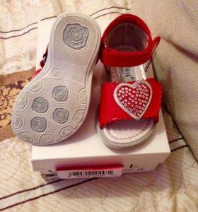 Детская обувь (Босоножки)р19