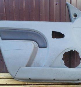 Обшивки дверей Рено Логан Renault Logan