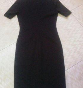 Платье новое, черное, тюльпан.
