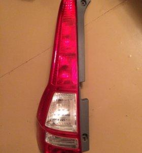 Правый фонарь Honda CR-V 3