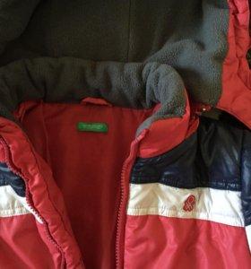 Куртка классная BENETTON