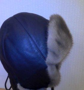 Модная шапка - ушанка.