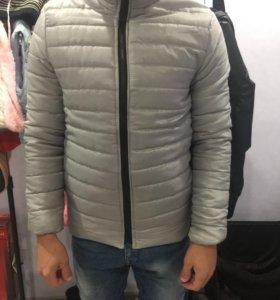Новая куртка демисезонная размер L