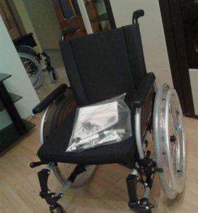 Кресло-коляска инвалидная комнатная