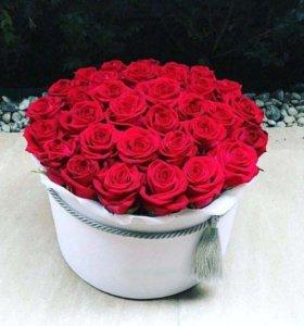 Розы в коробках