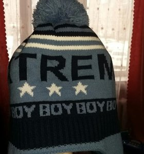 Новая шапка детская