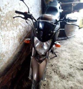 Мотоцикл 250 кубов