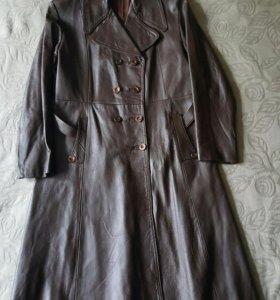 Пальто жён. кожа