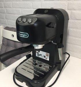 Кофеварка рожкового типа DeLonghi