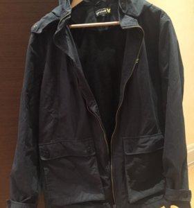 Легкая мужская курточка
