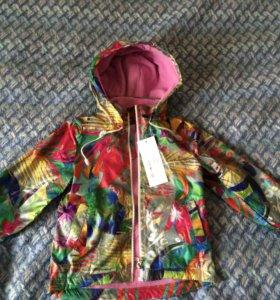Куртка новая для девочки