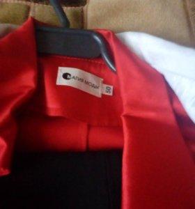 Женский костюм тройка(пиджак,блуза,брюки)