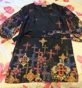 Платье атласное с рисунком
