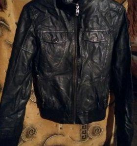 Куртки зимнии,осеннии