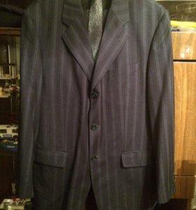 Костюм брючной и пиджак ( торг)