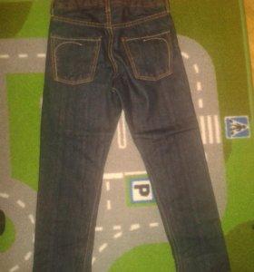 Новые джинсы H & M