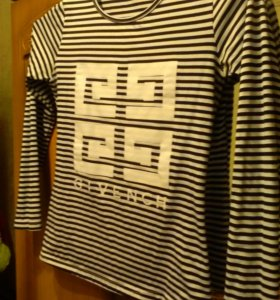 Продам рубашку, свитера и кофту