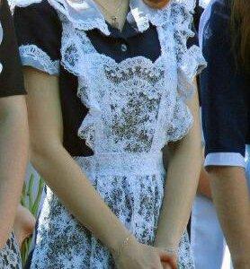 Школьная форма +3 фартука и блузка