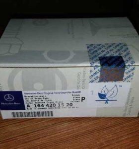 Колодки тормозные на Mercedes A 164 420 15 20