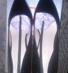 Туфли новые,  39 размер
