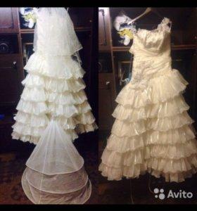 Свадебное платье с кольцами и фатой на 165-172