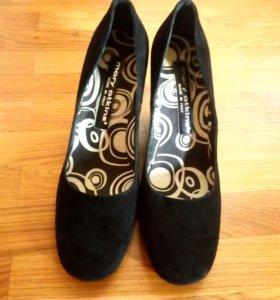 Mary Atkins Туфли замшевые, новые