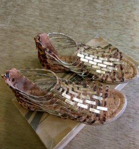 Летние открытые туфли