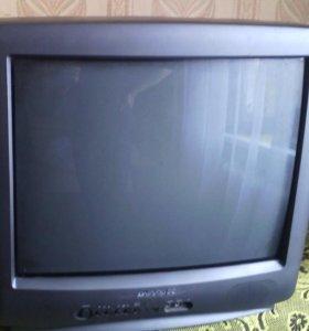 Телевизор HYUNDAI.