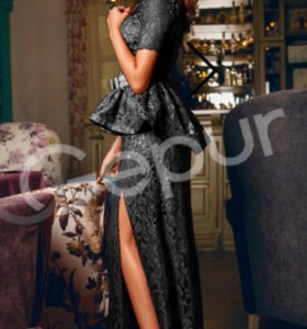 Платье гипюровое р.46