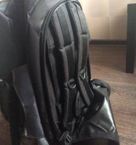 Удобная и многофункциональная дорожная сумка