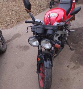 Мотоцикл HONDA vfr 400 z