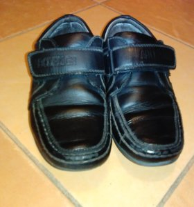 Ботинки для школы. Кожа