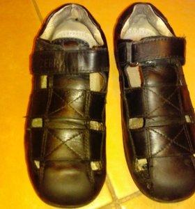 Ботинки для школы