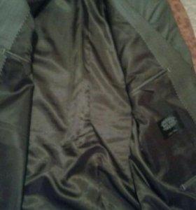 Пиджак с брюками.