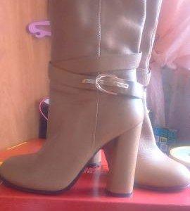 Новые осенние кожаные ботинки