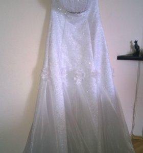Свадебное платье. Не б/у