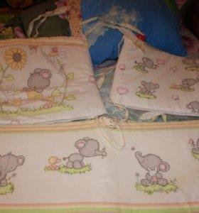 Бортики и подушка в детскую кровать