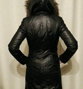 Пальто теплое с натуральным мехом(зима до - 10), S