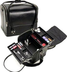 Бьюти кейс, чемодан для визажиста