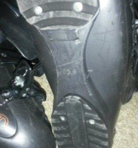 Горнолыжные ботинки размер 39-40