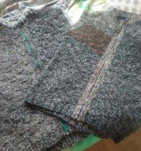 Продам 2-а мужских жилета