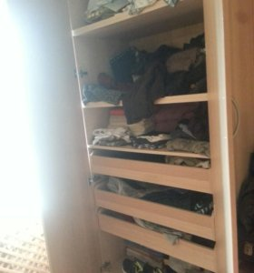 Бельевой шкаф очень вместительный